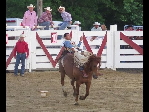 USA: Cowtown Rodeo in Pilesgrove 2015