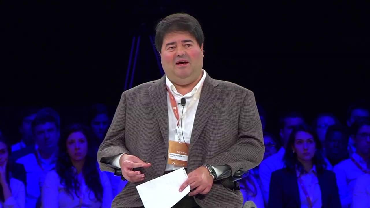 Entrevista Pedro Moreira Salles - Movimento FALCONI 2015 - YouTube