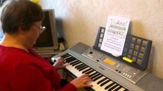 урок на синтезаторе