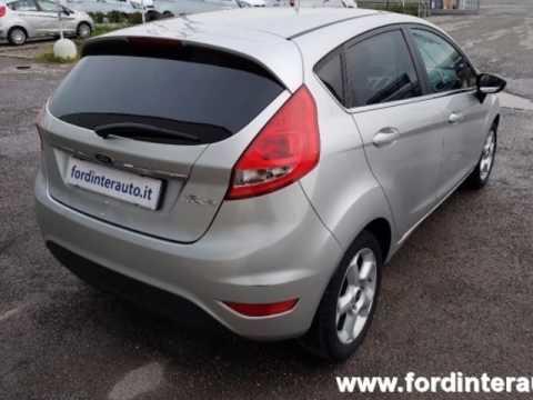 Auto FORD Fiesta+ 1.2 82CV 5 porte Usata 3053111 Albano ...