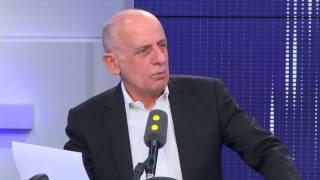 Revenu universel : Manuel Valls contre « une société du farniente »