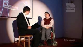 O dzieciństwie: wcześniak z porażeniem mózgowym na wózku