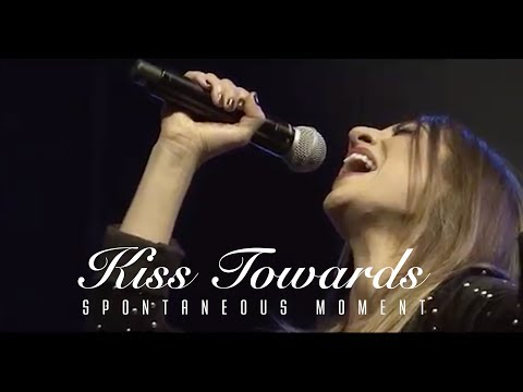 Spontaneous Moment // Kiss Towards // Made For Worship | Planetshakers