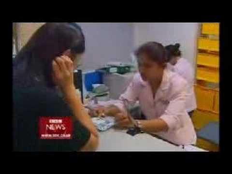 BBC News - Smog harms Singapore business 23.10.06