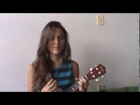 De Todos os Loucos do Mundo - Clarice Falcão (Ariel Mançanares ukulele cover)