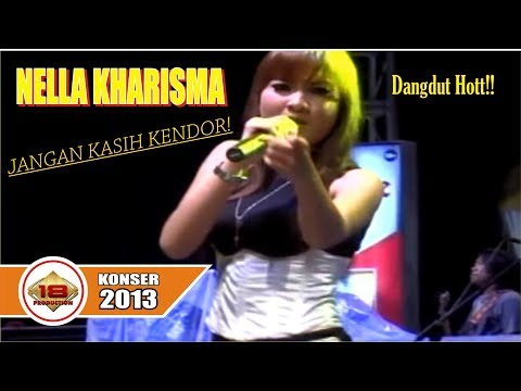 NELLA KHARISMA HOTT !! COVER LAGU BINTANG KEHIDUPAN (LIVE KONSER SALATIGA 4 September 2013)