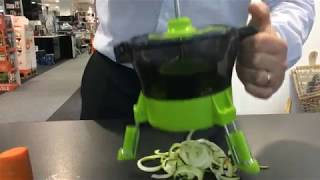 Tower Spudnik Spiralizer T80410 Courgette in use