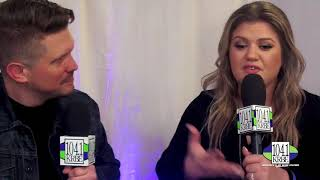 Backstage at The 2017 AMA's with Kelly Clarkson