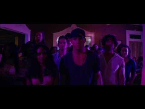 'Magic Mike XXL' Clip: Club Dance
