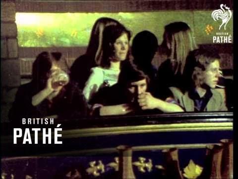 dancing-at-the-palais-(1973)