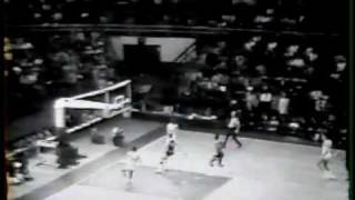 Pete Maravich - passing highlights (rare footage)