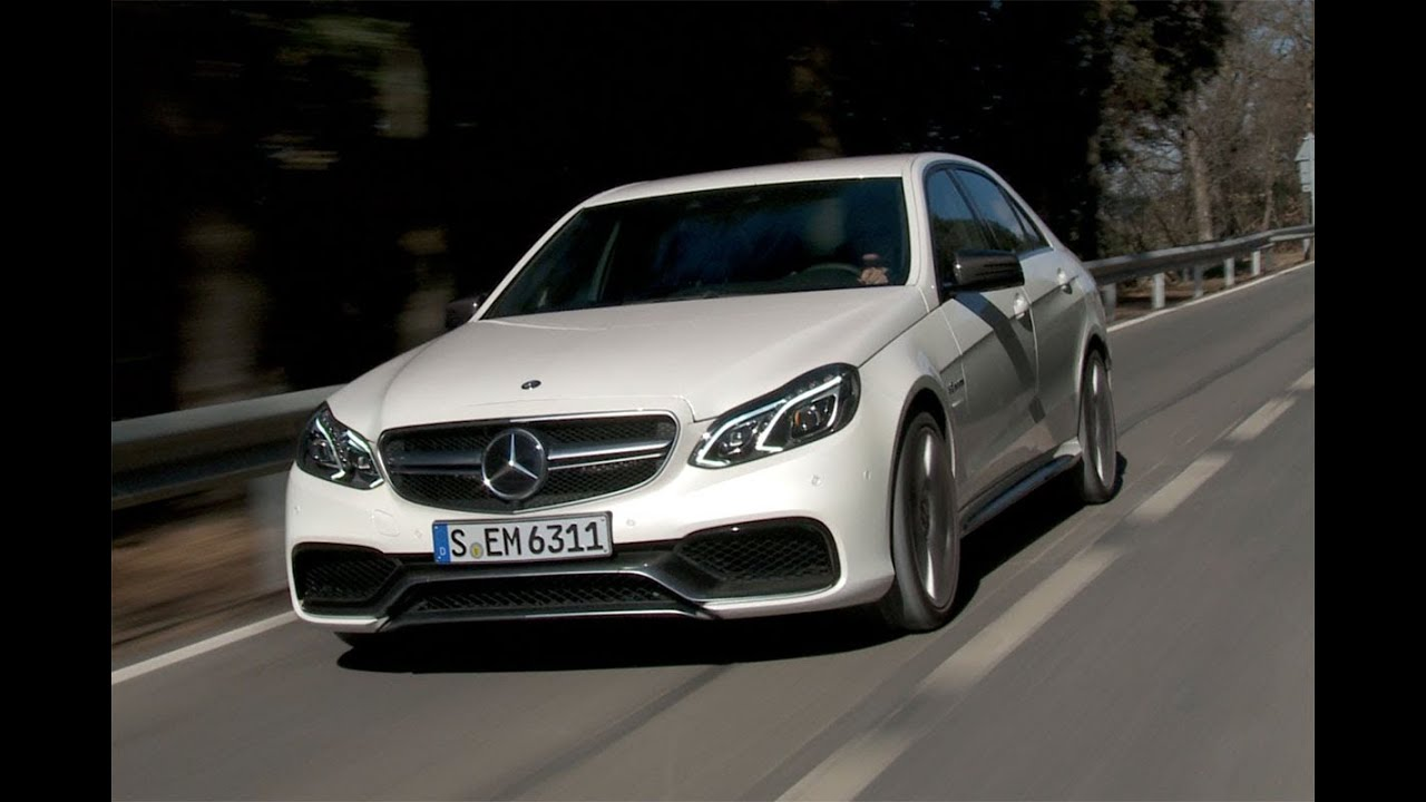 Mercedes benz e 63 s amg 4matic roadtest youtube for Mercedes benz e63s