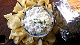 Cheesy Roasted Garlic Chip Dip