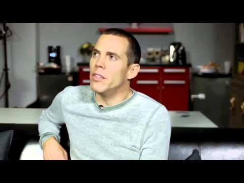 """Failure Is Crucial"": Steve-O Offers Mario Lopez Some Unsolicited Advice"