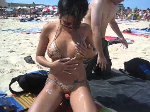 Amusing Girls naked on aussie day