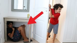 Children play hide and seek in the house ,funny video for kids