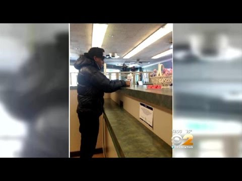 Quick-Thinking Customer Snaps Clue In NJ Bank Robbery