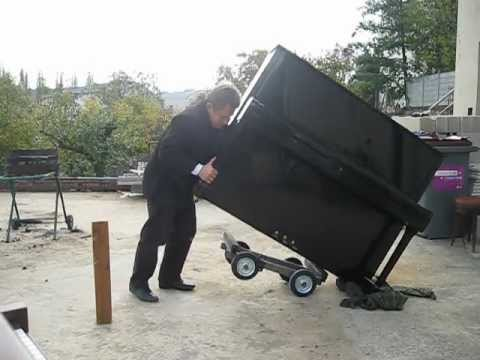 Comment transporter un piano seul youtube - Comment transporter un frigo ...
