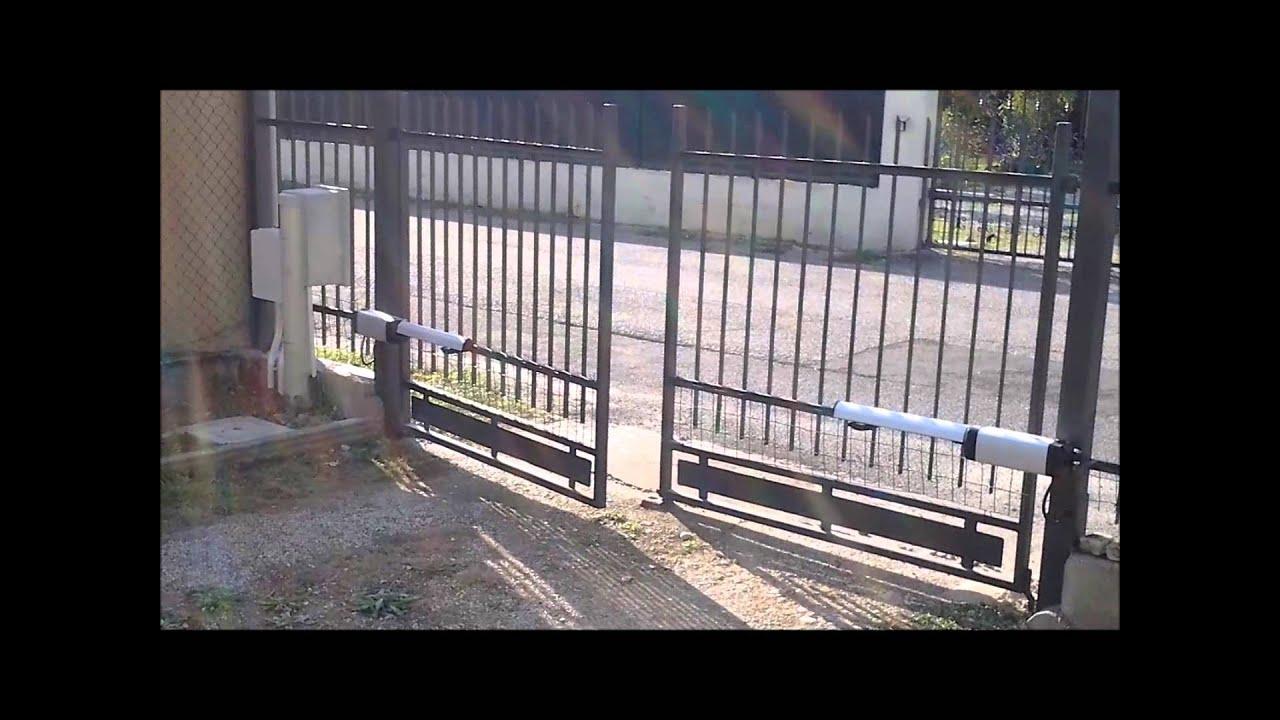 Cancello A Due Ante Battenti.Installazione Cancello Automatico A Battente Levata Di Curtatone