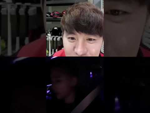 181108 Junsu connected with his twin brother's IG Live