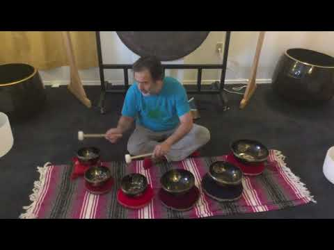 Learn to use the Sri Yantra for Sound Meditation with Singing Bowls -  Unlimited Singing Bowls