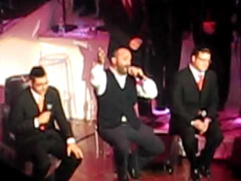 Yehuda Green Sings Nishmas with Dovid Gabay and Baruch Levine at HASC 22