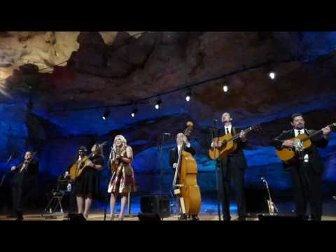 Rhonda Vincent with the Rage, You Can't Take It With You When You Go (BGU)