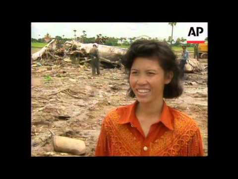 CAMBODIA: 17 MORE BODIES RECOVERED FROM VIETNAM AIRLINER CRASH