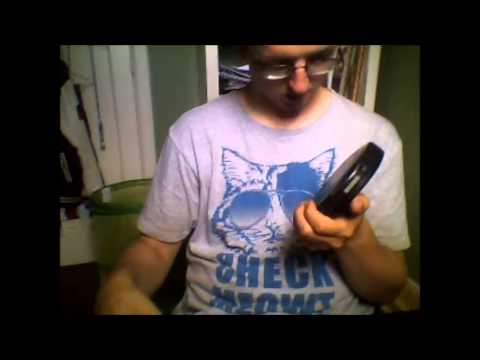 First Unboxing Video. Unboxing a Philips EXP2546 portable cd player and sound test