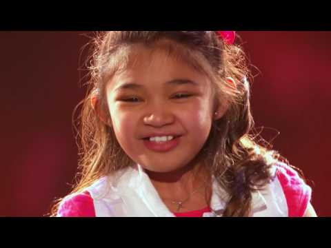 Suara Emas Angelica Hale Golden Buzzer From Chris Hardwick   America's Got Talent 2017