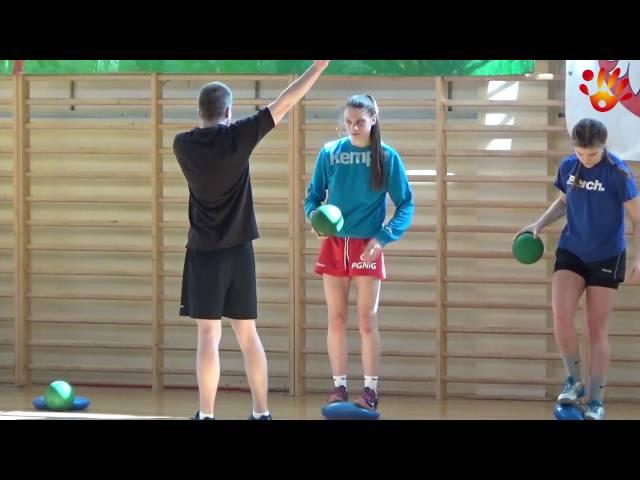 Konsultacja szkoleniowa dziewcząt - Biecz 2016