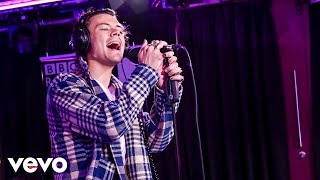 Download Lagu Harry Styles - Adore You in the Live Lounge MP3