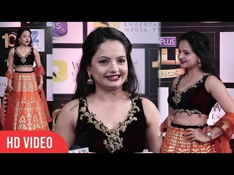 Giaa Manek at Boroplus 10th Gold Awards 2017 | Zee Tv