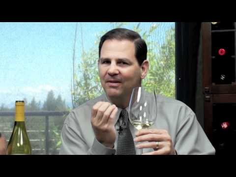 Thumbs Up Wine Review: 2010 Columbia Crest Grand Estates Chardonnay, Two Thumbs Up