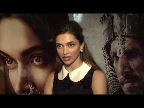 Deepika Padukone SLAPS A Man In Middle Of The Road