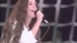 Alanis Morissette Hand In My Pocket Live Hyde Park 1996