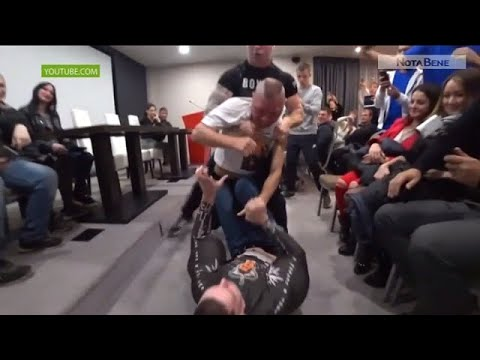 Бой хакасского блогера-маргинала против Кирилла «руки-базуки»