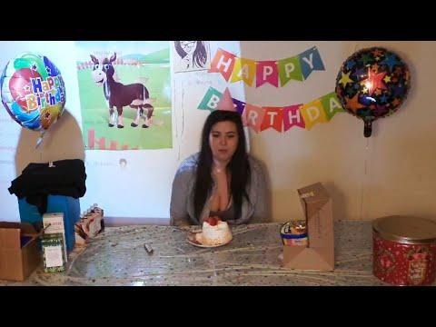 Kaceytron's 25th Birthday Party