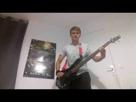 Green day - She's A Rebel ( bass cover )