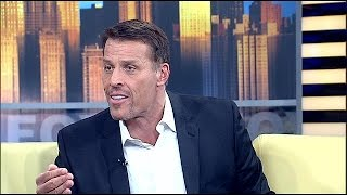 Tony Robbins Shares Money-Making Tips from 50 Smartest People
