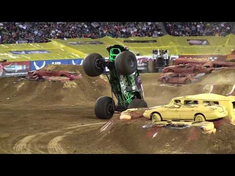 Grave Digger Freestyle BACKFLIP Awesome Save Monster Jam Philly 2011