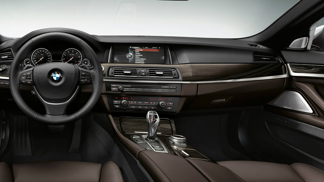 BMW 530d Sedan Luxury Line Interior