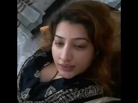 Pakistan stage star Sitara online