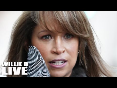 "Stacey Dash Caught Off Guard & Dragged ""You know you old if you're still creasing your"