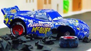 Fabulous Lightning McQueen Crash & Repair!  Disney Cars Toys Video for Kids