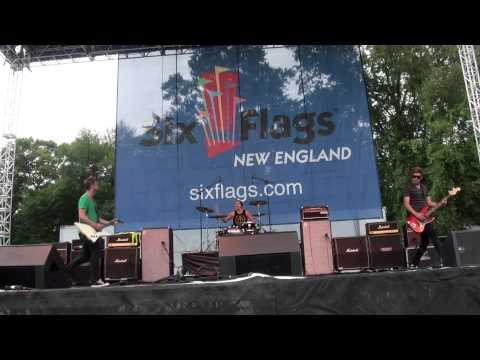 Stellar Kart - We Shine - Fallquest 2011 mp3