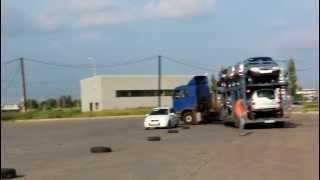 Автовоз проходит змейку(, 2012-06-13T10:55:08.000Z)