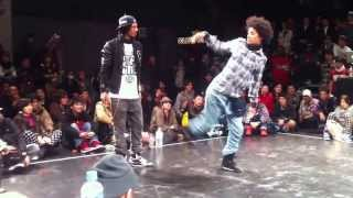 Best 2 dancers in the World Japan LES TWINS Final  hip hop.mp4(Best 2 dancers in the World Japon LES TWINS Final hip hop! please you comments to the video and add like as well thank you!, 2012-05-28T14:31:20.000Z)