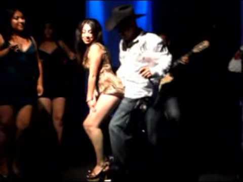 La Vecinita En Vivo en El Patio Night Club Pressision Nortea  YouTube