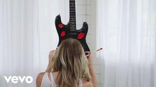 Lindsay Ell - Always Kiss The Girl